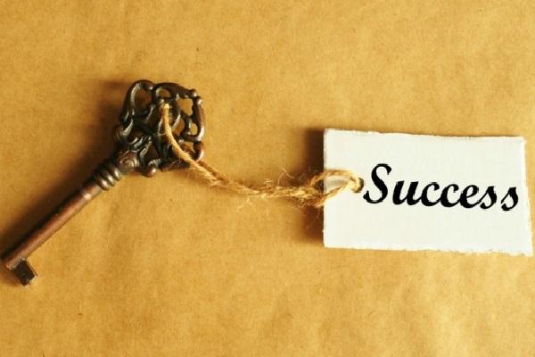 """""""Thành công không phải là đích đến"""