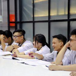 Lớp học ngành kỹ thuật chế biến món ăn tại CET