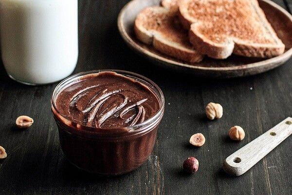 """Nutella thứ """"gia vị"""" hấp dẫn mang vị ngọt của chocolate và bùi của hạt phỉ"""