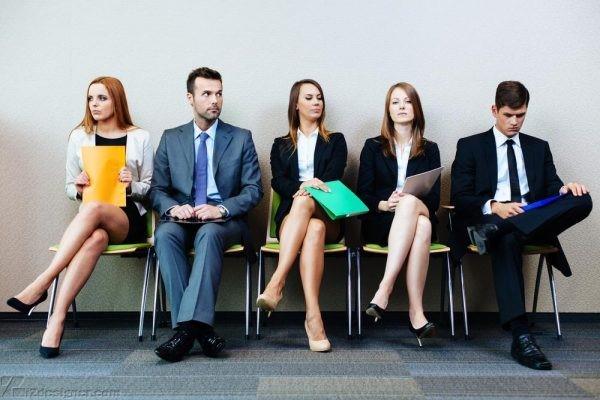 Lựa chọn trang phục phù hợp sẽ giúp ứng viên ghi điểm trong buổi phỏng vấn