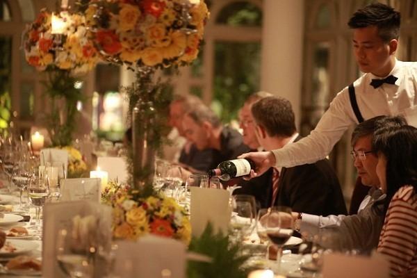 Nhà hàng hoạt động hiệu quả cần có sự hợp tác giữa các bộ phận với nhau