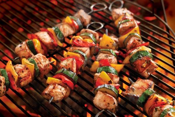 Các món thịt nướng BBQ được yêu thích ở khắp mọi nơi, bởi nhiều đối tượng