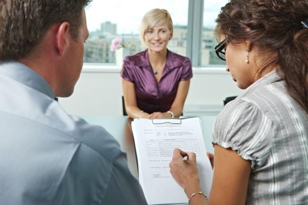 Bảng CV hoàn hảo sẽ giúp bạn tự tin hơn khi gặp các nhà tuyển dụng