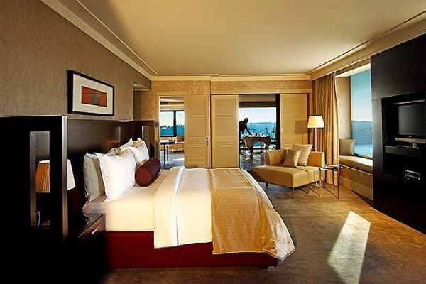 Các phòng Suite nằm ở vị trí đẹp, thuận lợi trong khách sạn