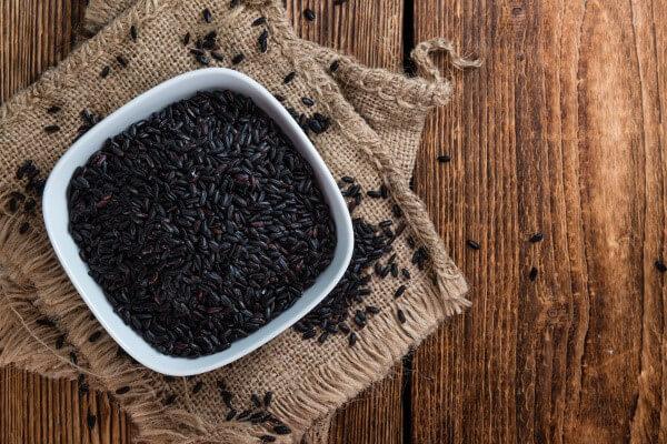 Gạo lứt đen được mệnh danh là siêu ngũ cốc