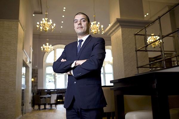 Cách gọi Gerneral Director hay General Manager dùng để chỉ chức danh Tổng Giám đốc khách sạn