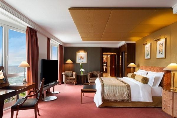 Giường siêu lớn thường dành cho các phòng Hoàng gia, Tổng thống