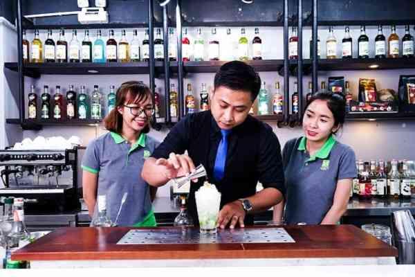 kỹ năng pha chế bartender