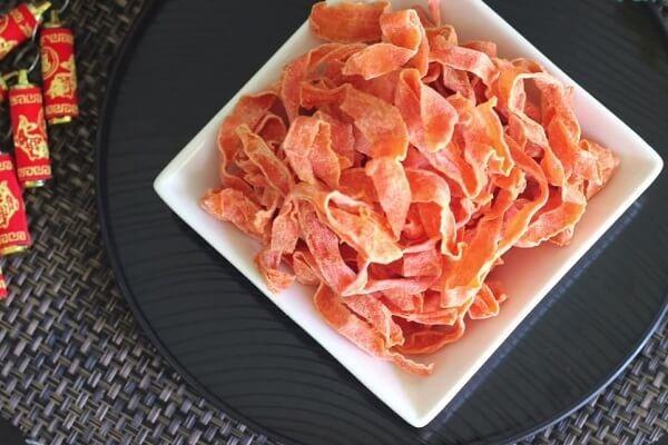 Màu cam đỏ của mứt cà rốt mang lại niềm tin về sự may mắn cho người ăn