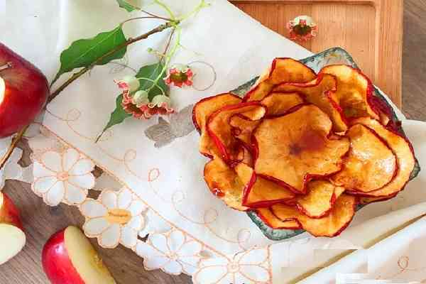 Mứt táo tây