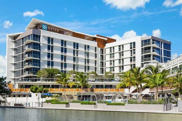 Khách sạn có quy mô số phòng vượt trội và các dịch vụ kèm theo