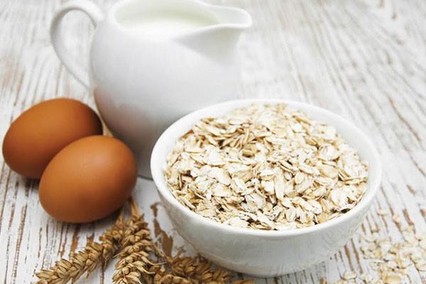 Yến mạch là loại ngũ cốc giàu chất dinh dưỡng tốt cho sức khoẻ, làm đẹp