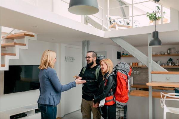 Airbnb thế nào