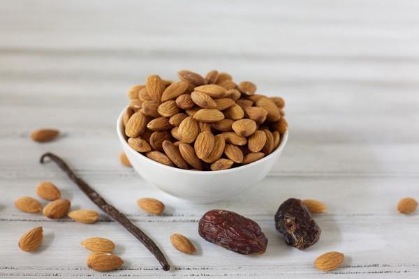 hình ảnh cho almond là gì