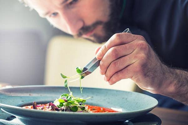 Các công việc cụ thể của Chef De Partie