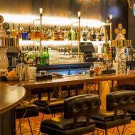 Bar là gì? Cái nhìn toàn diện về loại hình quán bar