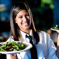 Waitress là gì? Tìm hiểu về công việc của waitress trong nhà hàng