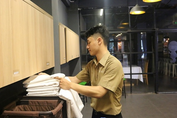 Quản trị Khách sạn bao gồm các công việc vận hành, quản lý khách sạn