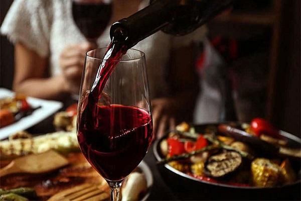 Kết quả hình ảnh cho uống rượu vang đúng cách