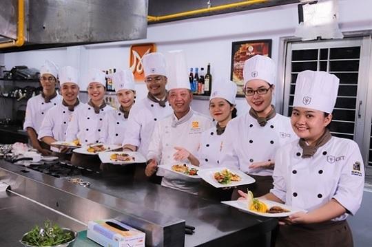 cet đào tạo đầu bếp chuyên nghiệp tại tphcm