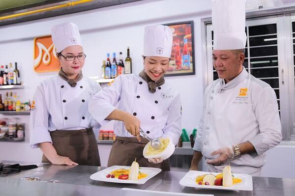 học nghề bếp tại tphcm