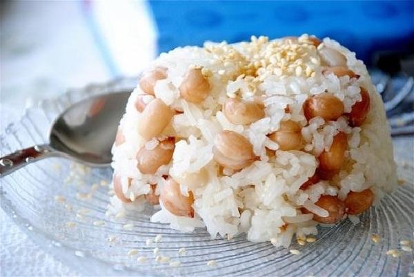 Xôi đậu phộng nước cốt dừa