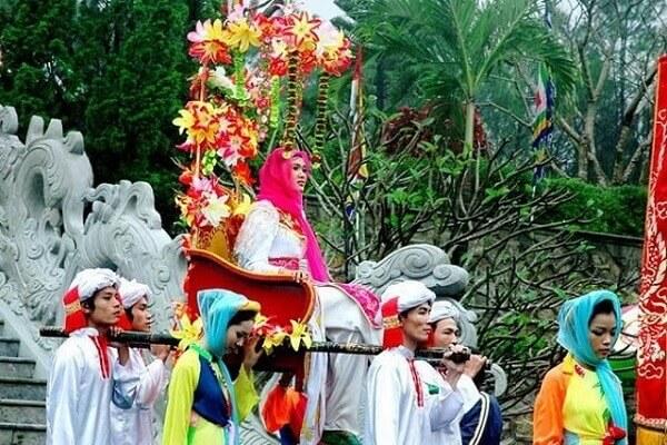 lễ hội của Huế