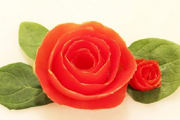 cách trang trí hoa bằng cà chua