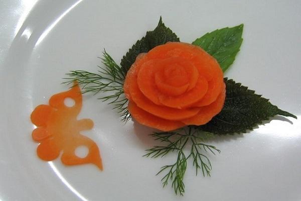 Tỉa hoa bằng cà rốt