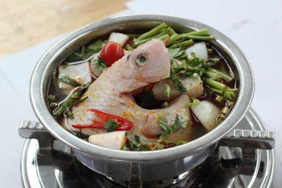 Cách nấu lẩu cá diêu hồng kiểu Thái chua cay ngon ngất ngây