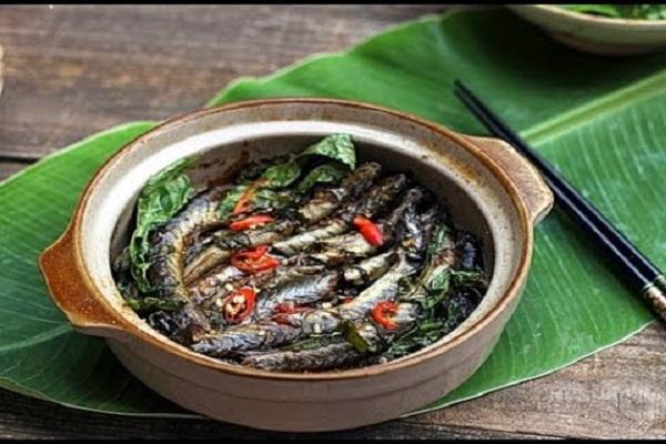 Cá kèo kho rau răm