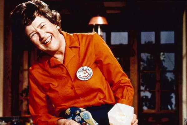 chân dung Julia Child