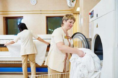 Laundry là gì? Tìm hiểu vai trò, công việc của bộ phận Laundry