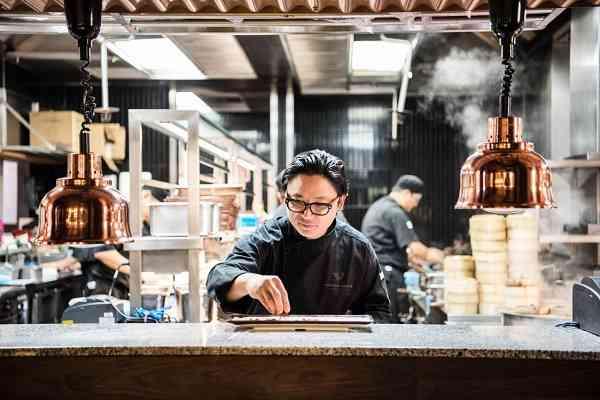 luke nguyễn đầu bếp việt nổi tiếng tại úc