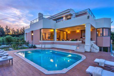 Villa là gì? Phân biệt Villa với các mô hình lưu trú khác