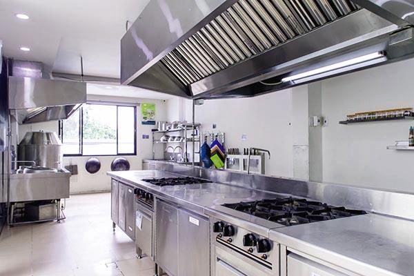 các dụng cụ thiết bị nấu ăn