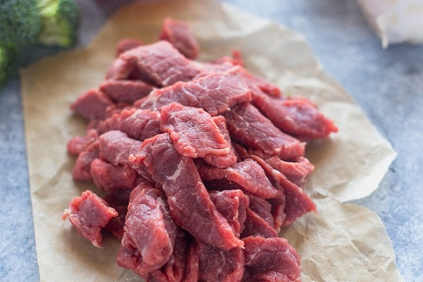 chuẩn bị thịt bò