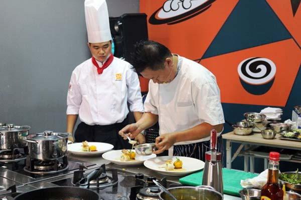 Đầu bếp Việt cần ra nước ngoài học hỏi