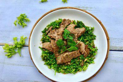 Bữa cơm thêm ngon với cách làm thịt bò xào bông thiên lý