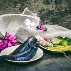 cách làm sạch nhớt cá trê