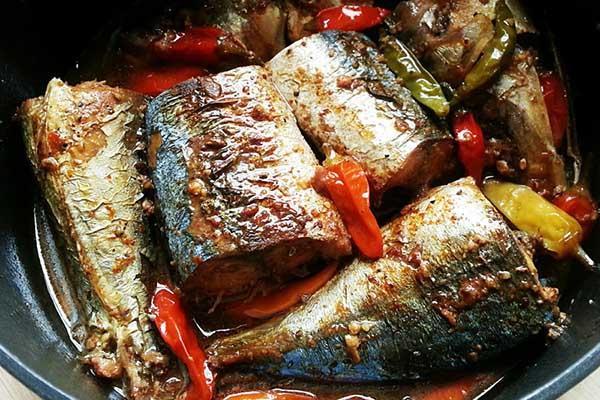 cá bạc má kho tiêu