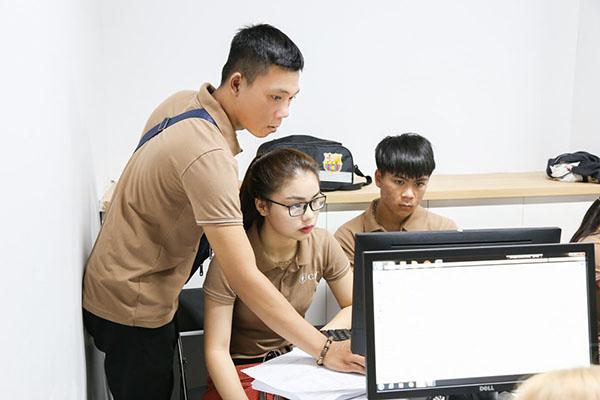 CET đào tạo trung cấp chuyên nghiệp
