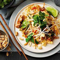 pad thái là món ăn nổi tiếng