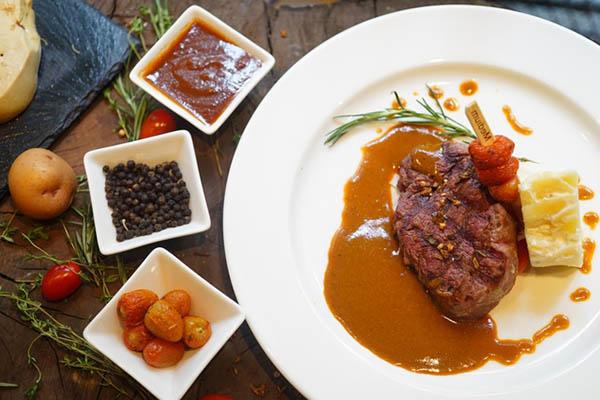 thuật ngữ dành cho đồ ăn kèm beefsteak