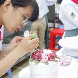 nghề làm bánh tạo được nhiều sức hút