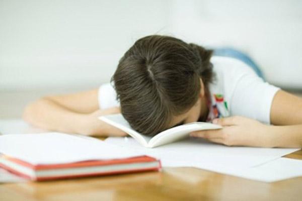 chán nản vị học theo kỳ vọng của cha mẹ