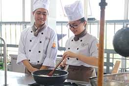 học trung cấp nấu ăn cet
