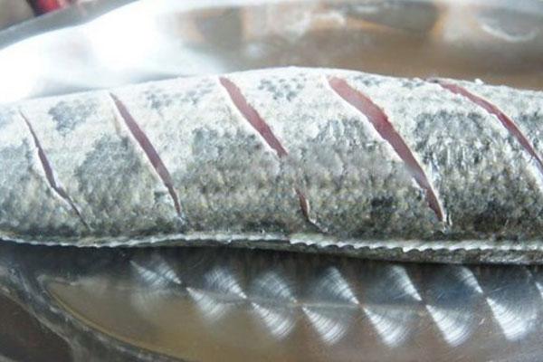 sơ chế cá lóc