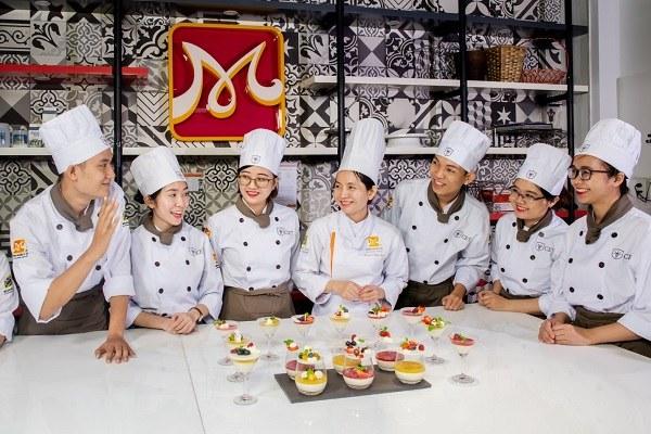 hình ảnh CET trường dạy làm bánh tốt nhất