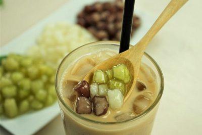 hình ảnh trà sữa thạch cũ năng lá dứa